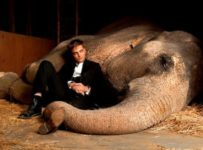 Water for Elephants - Robert Pattinson (left)