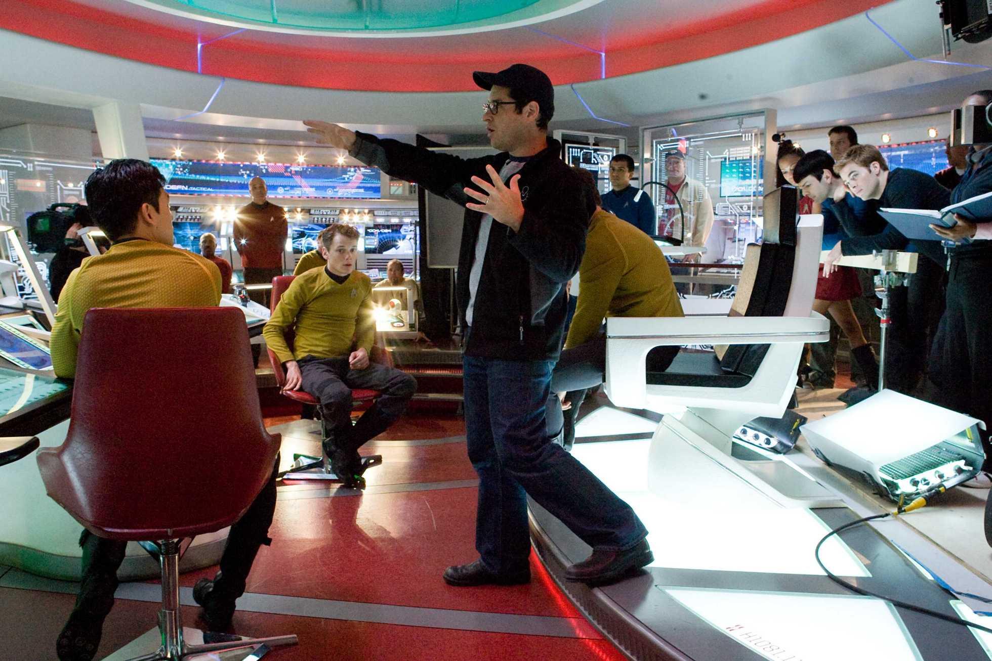 STAR TREK - JJ Abrams to direct Star Trek 2