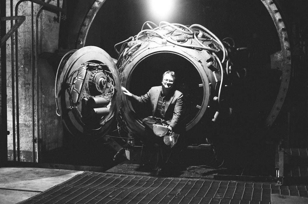 Looper - Rian Johnson in the Time Machine