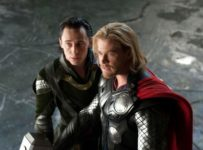 Thor (Chris Hemsworth) and Loki (Tom Hiddleston)