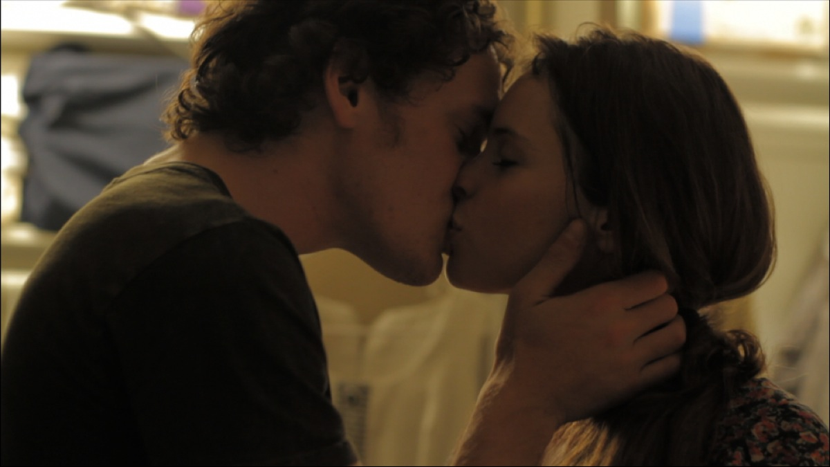 Like Crazy - Anton Yelchin and Felicity Jones