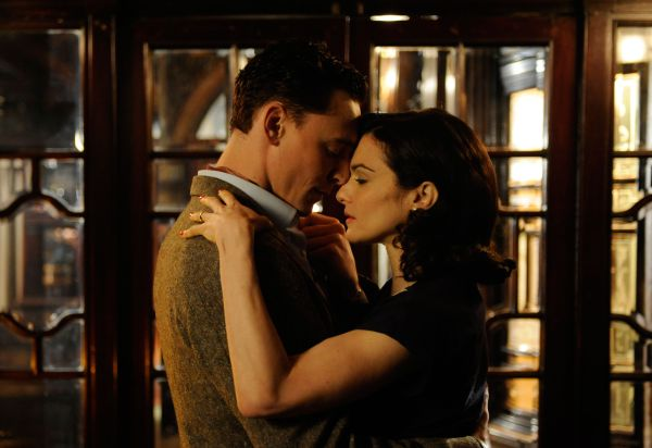 The Deep Blue Sea - Tom Hiddleston and Rachel Weisz