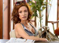 Lay the Favourite - Catherine Zeta Jones