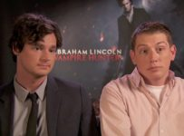 Abraham Lincoln: Vampire Hunter - Benjamin Walker and Seth-Grahame Smith - The Reel Bits