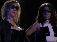 Birds of Prey XXX - Huntress (Gracie Glam) and Black Canary (Kagney Linn Karter)