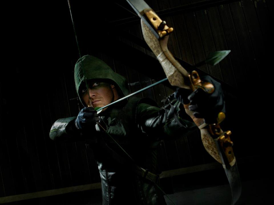 Arrow - Stephen Amell is Green Arrow